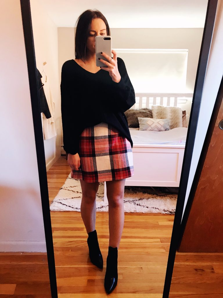 plaid skirt thanksgiving outfit
