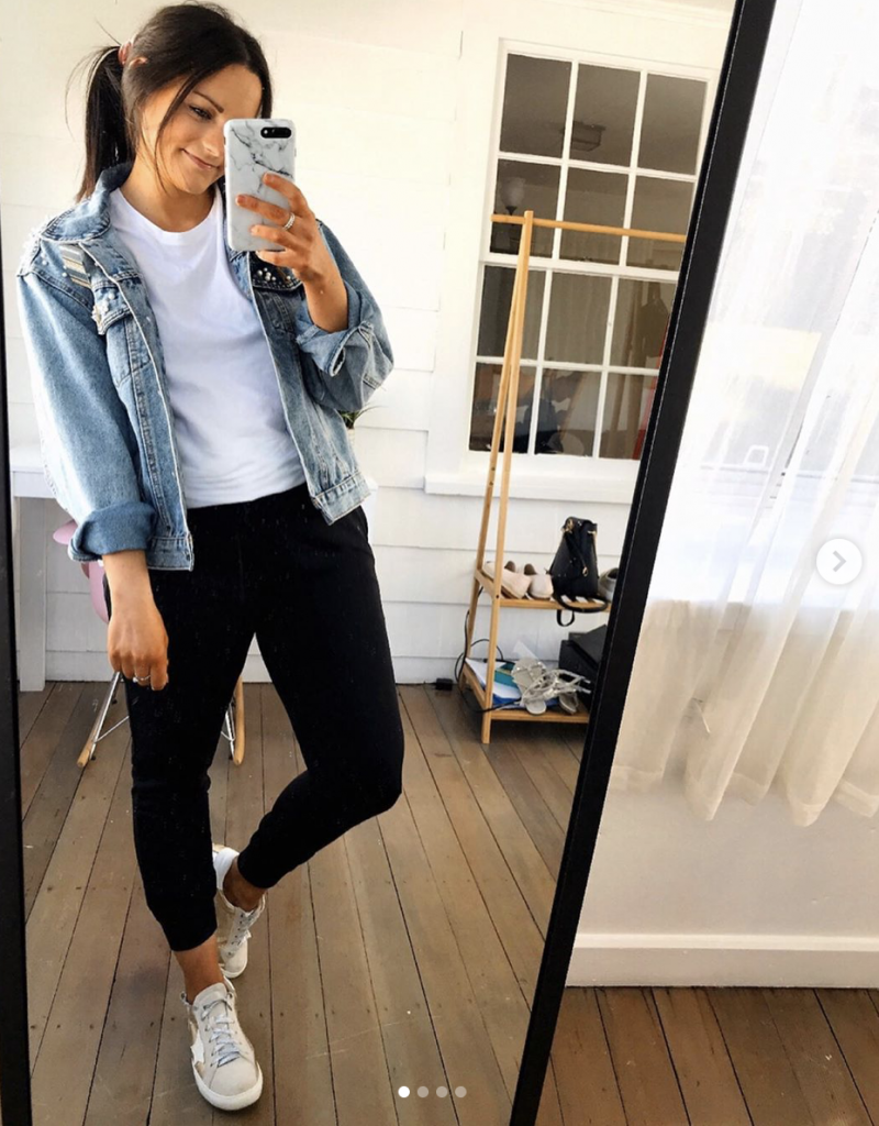 comfy outfits from amazon wearing golden goose dupe sneakers from amazon white amazon tee and amazon jean jacket