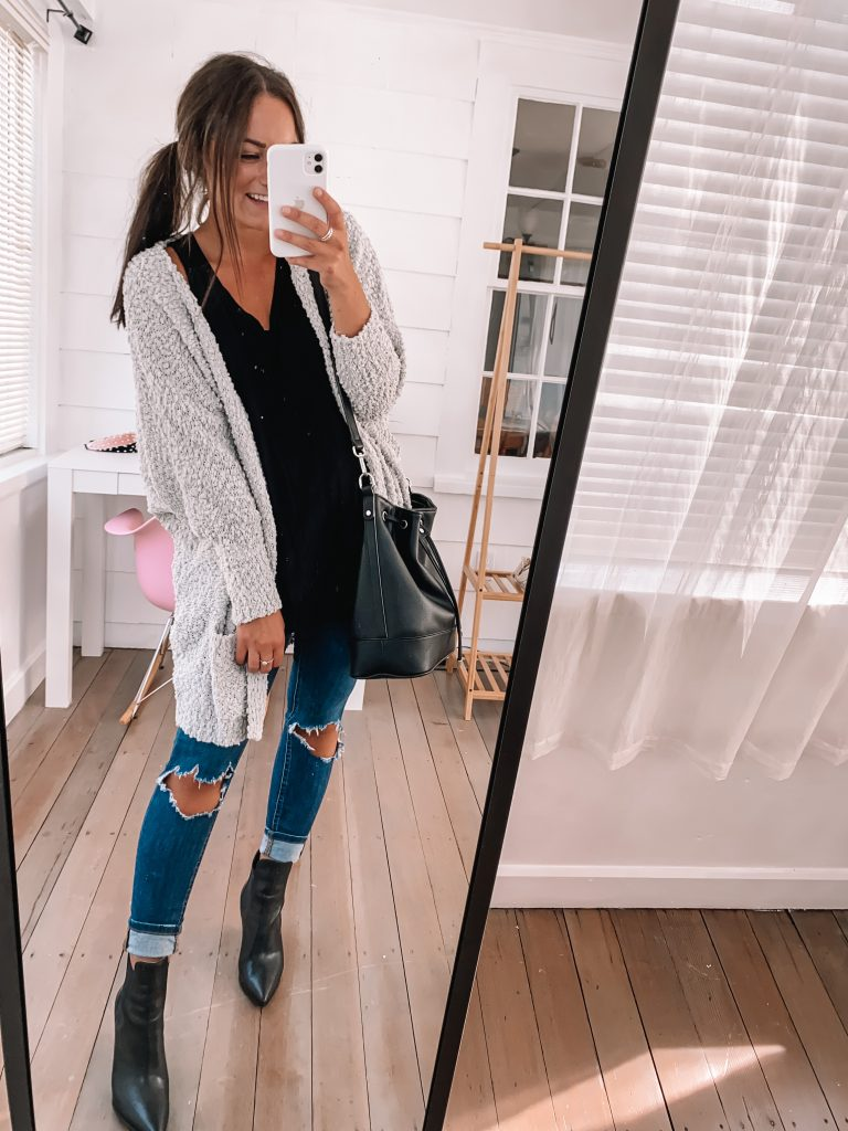 amazon fashion fall outfit - jeans, tank and popcorn sweater